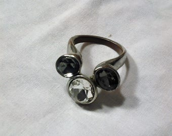 Vintage Crystal with smoky Crystals Ring