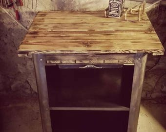 Recycled BBQ serving industrial / rustic