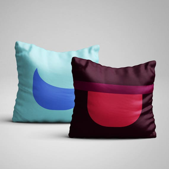 The pillows every SU fan need RIGHT NOW. Are you a fan? One of your friends is, and its their birthday? Whatever the reason is, you know you need this.  4 pillows to choose from: • Ruby on one side, Sapphire on the other • Ruby only • Sapphire only • Garnet  These soft pillows are an