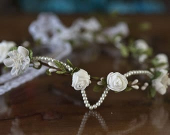 Crown of flowers and pearls
