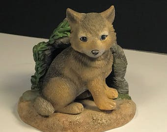 HAMILTON COLLECTION WOLF figurine baby miniature statue sculpture Gray Protect Natures Innocents