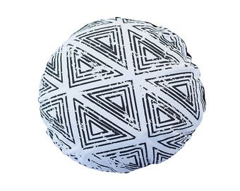 SALE Bohemian Tribal Triangle Round Cushion in white 45 cm round