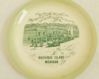 Vintage Historic Mackinac Island Michigan Travel Souvenir Plate, Lake Huron, State Park, USA, Vacation, Green Transferware, Horse Buggy, Old
