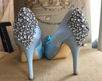 9/ Wedding Shoes / Light Blue Wedding Bridal Shoes / Open Toe / Rhinestone / Your Something Blue / 9 / Silver Lined w Blue Satin Flowers