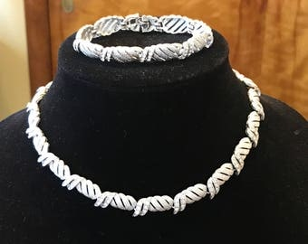 CROWN TRIFARI DEMI Parure, Choker and Bracelet, Textured Silver Metal and Rhinestones, Estate Jewelry, Voguestyle, Bridal Jewelry, Choker
