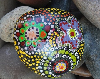 Painted stone - abstract mandella