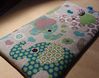 cell phone pouch / Cell phone pouch