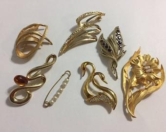 Lot Gold Tone Brooches - J J - Rhinestones - Pins - Faux Pearls