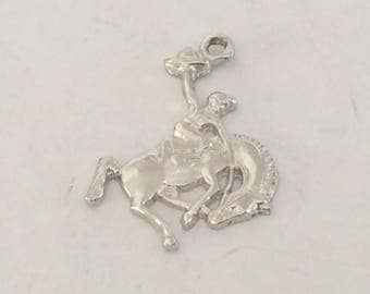Sterling silver bucking bronco rodeo charm vintage #671 s