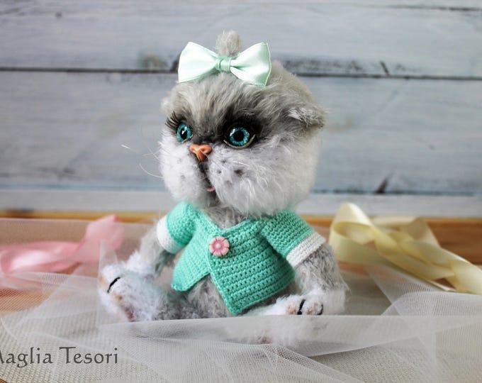 cute female calico cat names