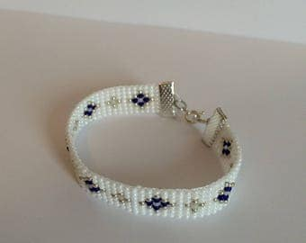 Blue and silver bracelet with Miyuki seed beads