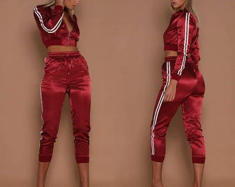 Womens Autumn Winter Long Sleeve Two Piece Set Hot Fashion Front Zipper Red Stripe Patchwork