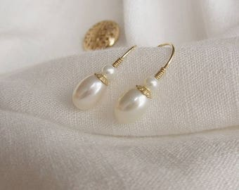 OPENING SALE 20% OFF: Vintage Style Fresh Water Pearl Earrings/Oval Pearl/14K Gold Filled/Elegant/Unique/The Only Piece