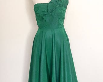 1960s Emerald Green Strapless Evening Gown Vintage