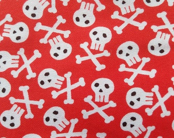The Mighty but Light Dog Leash Red with Skulls and Crossbones Pattern