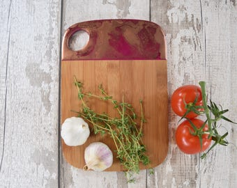 Bamboo Cutting Board with Handle - Food Lover Gift - Dinner is Coming - Anniversary Gift - Gift for Wife - Gift for Aunt - Gift for Sister