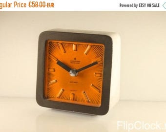 MOVING HOUSE DISCOUNT Fabulous stone 60s Junghans Ato-Mat table clock, orange / white / grey