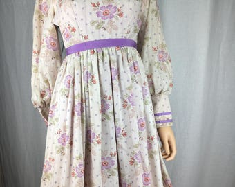 Sweet Flower Child 1970s Dress