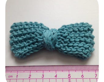 1 bowtie almond green cotton and crochet