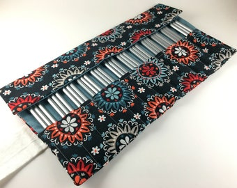 24 Pencil Roll, Navy Flower Fabric, Holds Up to 36 Pencils, Pencil Wrap, Colored Pencils, Pencil Case, Pencil Organizer, Pencil Mat