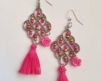Boho bracelet, Beaded Bracelet, Charm bracelet, Tassel bracelt, bohemian bracelet, Frida Kahlo Bracelet, rose brazalet,