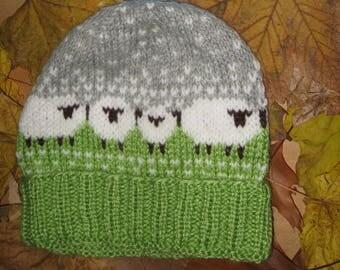 "Hat ""Funny lambs"""