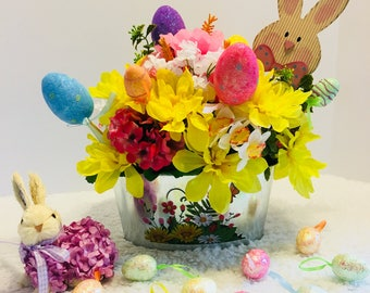 Easter decor, table decor, spring decor, table centerpiece, floral arrangements, Easter Centerpiece, Easter decoration, Easter table