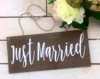"Just Married Sign-12""x 5.5"" Wedding Sign-Rustic Wood Just married Sign-Wedding Photography Prop"