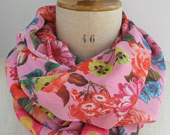 pink infinity scarf, pink round scarf, floral loop scarf, scarf with flowers, gift idea woman, womens scarves, chiffon scarf, summer scarf