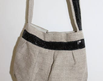 Small purse from linen and black sequined band