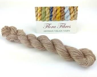 """Hand spun naturally dyed vegan soybean soysilk light fingering weight yarn """"Antique lavender"""" for knitting crochet weaving UK"""