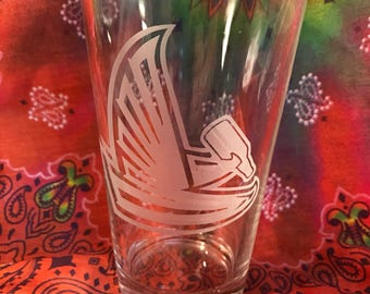 1-Custom Etched Atlanta Falcons Pint Glass (Drunk Falcon)