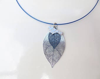 Filigree leaf and silver bird pendant Choker
