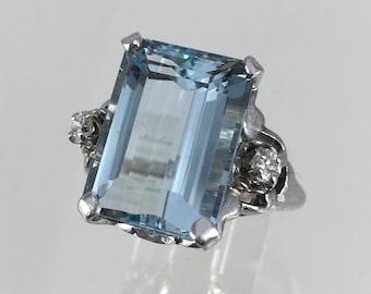 Large Vintage 14k White Gold Genuine Aquamarine and Diamond Ring, Sz 6.5