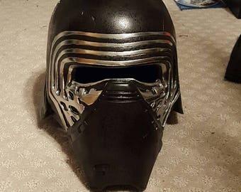 Kylo Ren Helmet Finish