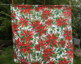 Vintage Poinsettias Christmas Tablecloth {Small Square} Christmas Flower Table Runner Table Decoration Decor Holiday Centerpiece {Red Green}