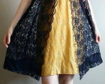 20% OFF! Unique and Stunning Gold Glitter and Black Lace Twiggy 60's Mini Sheath Dress. Muumuu Style Lace Sheath Dress, Size M