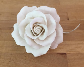 Large Classic Rose White