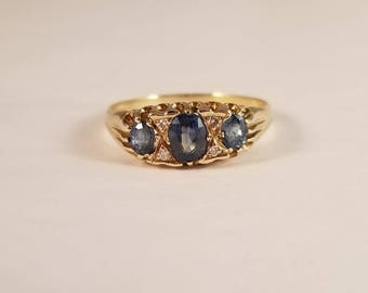Vintage sapphire and diamond ring in yellow gold