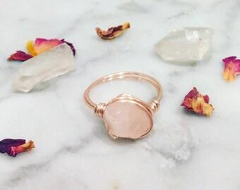 Rose Gold Rose Quartz Ring • Rose quartz ring • Rose gold ring • Rose gold wire wrapped ring • Gemstone ring • Statement ring • Boho ring •
