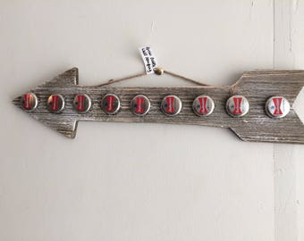 Rustic Budweiser Beer Bottle Cap Arrow Wall Hanging-Man Cave  eer Sign