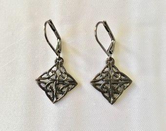 Grainne's Gunmetal Celtic Knot Earrings