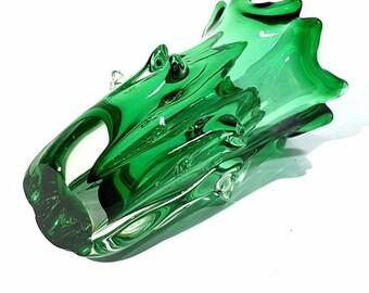 Lednicke Rovne Brilliant Emerald Green and Clear Encased Glass Vase circa 1960