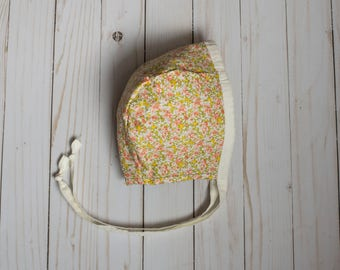 Baby Bonnet // Reversible // Green // Floral // Meadow