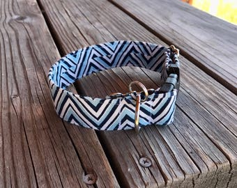 Blue Waves Collar
