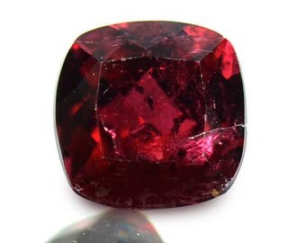 1.64 Ctw Attractive Best Red Luster Natural Tourmaline