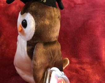 """Presentating """"Wise"""" rare, retired, mint condition TY beanie baby"""