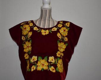 Istmo de Tehuantepec  huipil, hand embroidery, frida kahlo huipil, mexican huipil, oaxaca blouse ,mexican blouse , mexican blouse, blouse