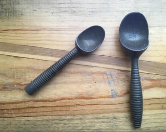 Sweet vintage ice-cream scoops, aluminum