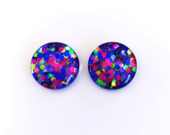 The 'Finders Keepers' Glitter Glass Earring Studs